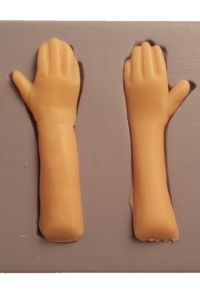 silicone-hands-push-mold