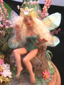 fairy mom in green