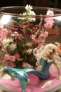 mermaid-in-fish-bowl-1