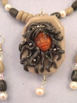 black-face-framed-pendant-set